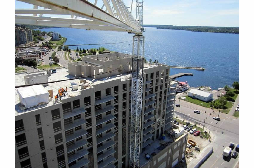 Maple Ave Tower, Barrie